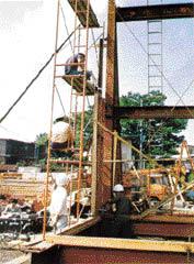 1977年に実施された単体パネル実験の写真